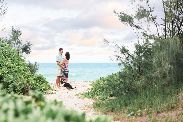 Best Couples Photographers on Oahu | Couple on the beach with dog
